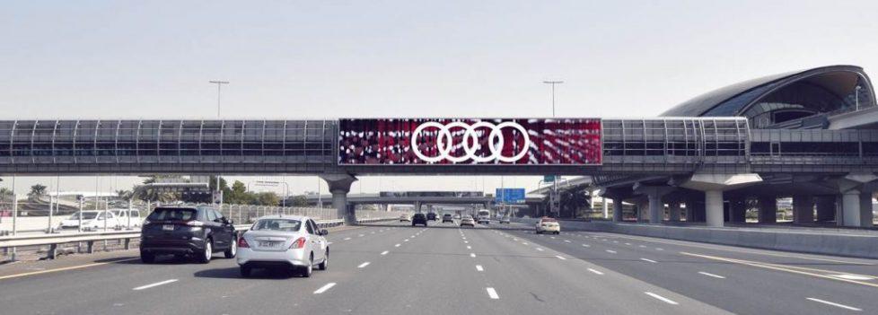 outdoor advertising led screens dubai
